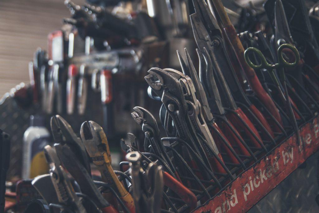set of mechanical tools